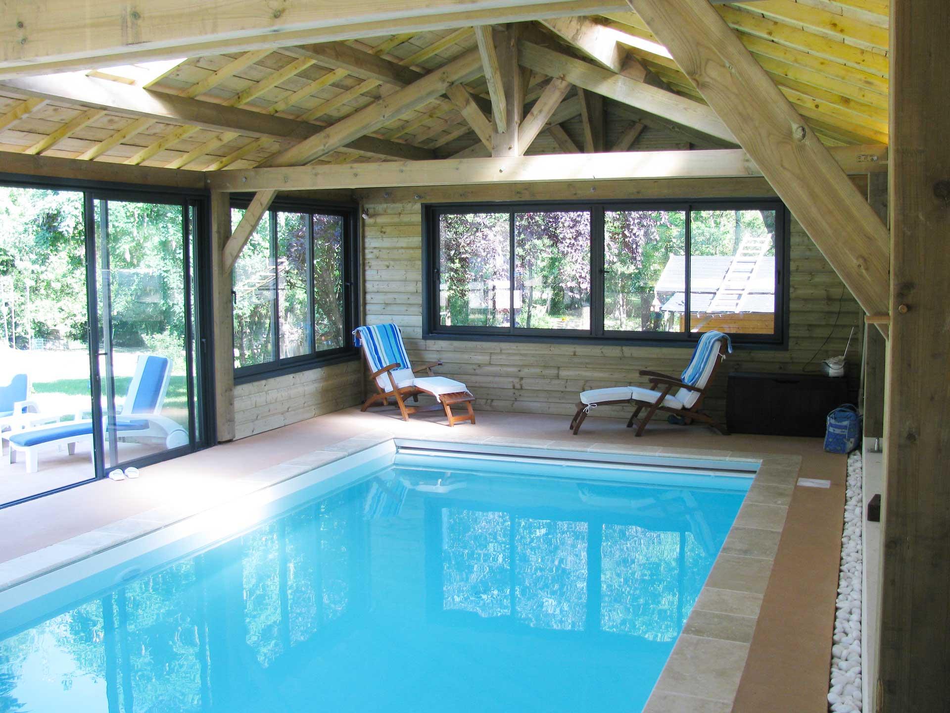intérieur abri piscine paysagiste bois